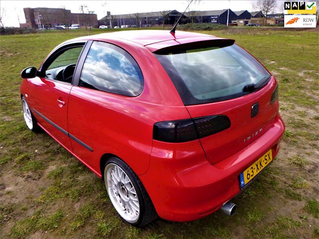 Seat Ibiza 1.6-16V Freestyle 2007 ORIG NL FR LOOKS SHOWCAR