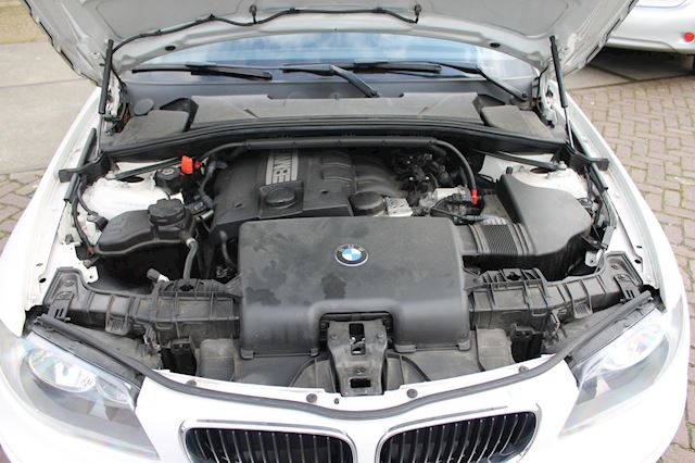 BMW 1-serie 116i Introduction automaat izgstaat