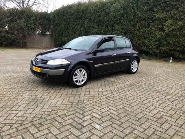 Renault Mgane occasion - Maes Auto's