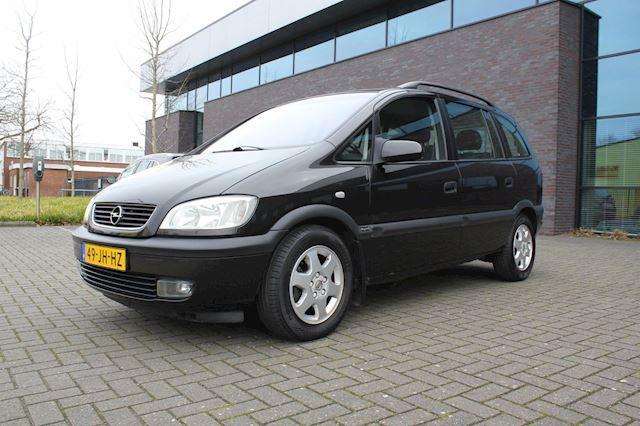 Opel Zafira 1.6-16V Elegance