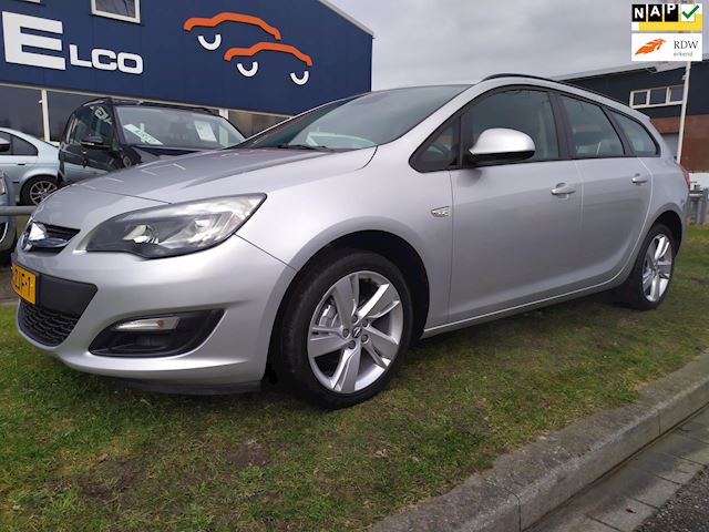 Opel Astra Sports Tourer 1.4 Cosmo -PDC- Cruise- NAP - Radio