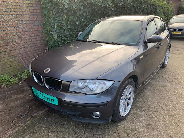 BMW 1-serie 118d Executive 192000 km
