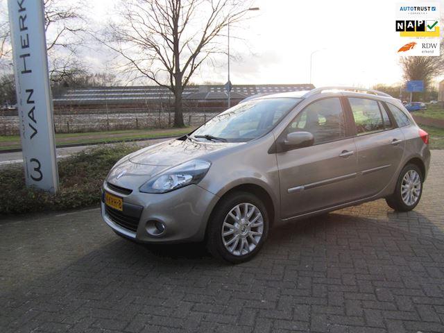 Renault Clio Estate 1.2 TCE Dynamique /CLIMATE EN CRUISE CONTROL/NAVIGATIE org./LM VELGEN/R+L SENSOR