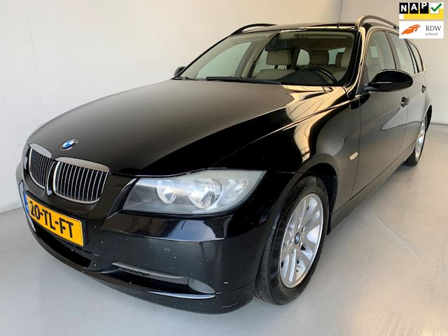 BMW 3-serie Touring 325i Leer Climate+Cruise control Trekhaak