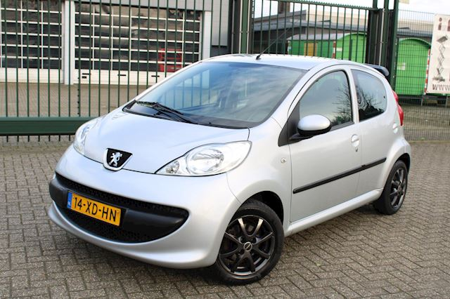 Peugeot 107 1.0-12V XS 5-DEURS l ELEKTR PAK l APK 01-2021