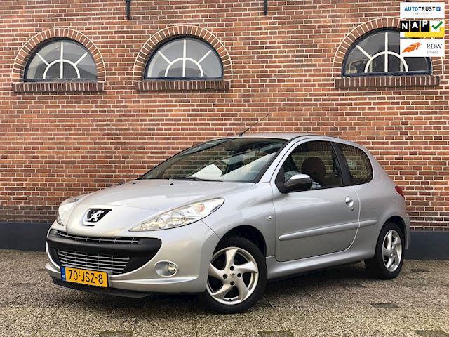 Peugeot 206 + 1.4 XS Airco Cruisecontrol Set Winterbanden