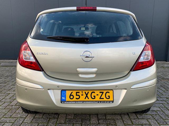 Opel Corsa 1.2-16V Enjoy ZEER NETJES, NWE APK, PDC, AIRCO