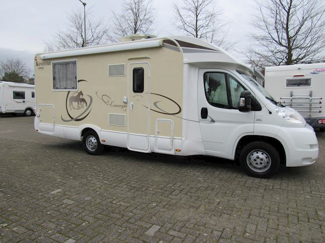 Rimor Kentucky Semi integraal Qweensbed + Hefbed bj2013 Full option