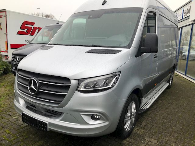 Mercedes-Benz Sprinter 319 3.0 CDI L2H2 DC bj 2020  3.5 T trekhaak