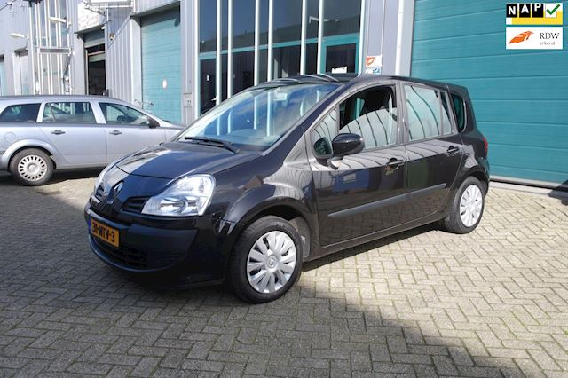 Renault Grand Modus 1.2-16V Authentique