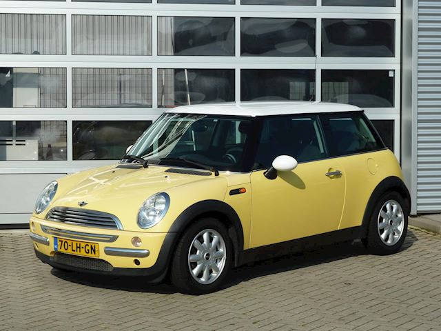Mini Mini 1.6 Cooper Pepper bj.2003 Lage km | NAP.