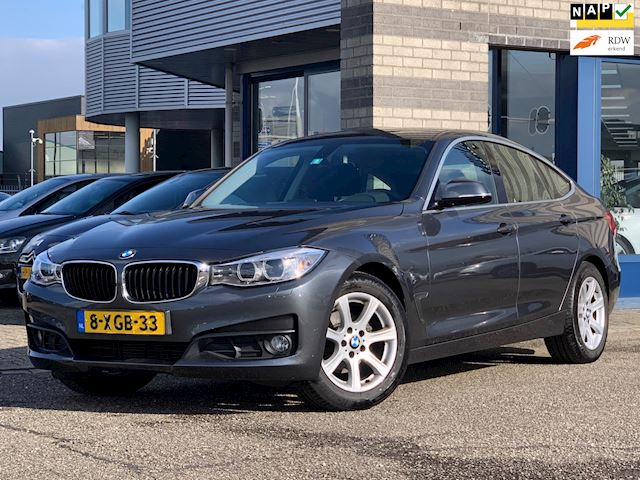 BMW 3-serie Gran Turismo 318d Executive FULL-MAP NAVI XENON LMV ECC CHROOM LMV MULTI-STUUR PDC