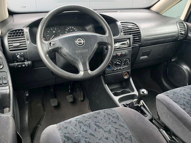 Opel Zafira 1.6-16V Comfort Airco, rijdt goed, APK