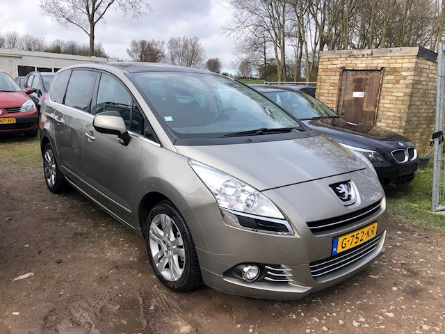 Peugeot 5008 1.6 HDiF GT 5p.