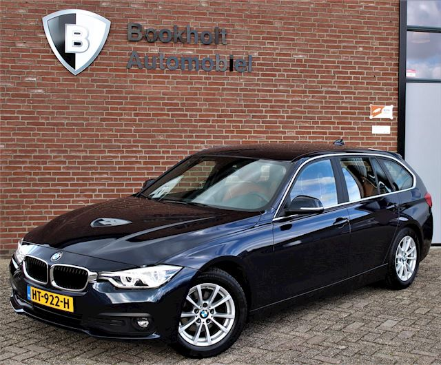 BMW 3-serie Touring 320d Cognac Leder, LED, Keyless, Essential EDE