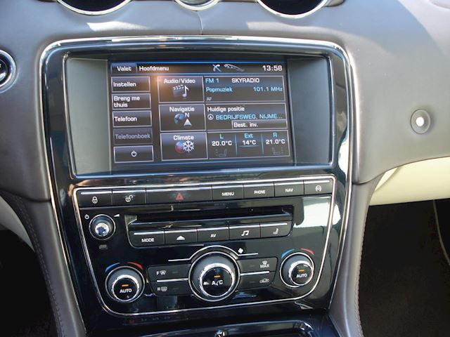 Jaguar XJ 3.0 V6 SC Portfolio 94692 KM FULL OPTIONS