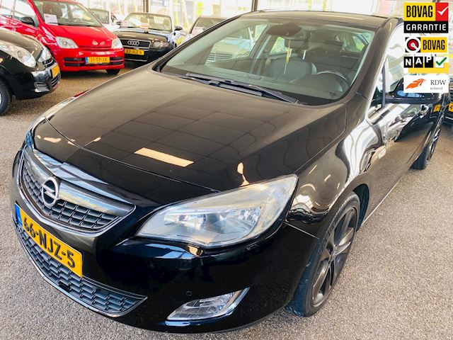 Opel Astra 1.6 Turbo Cosmo / AIRCO / AUTOMAAT / ACTIE !!