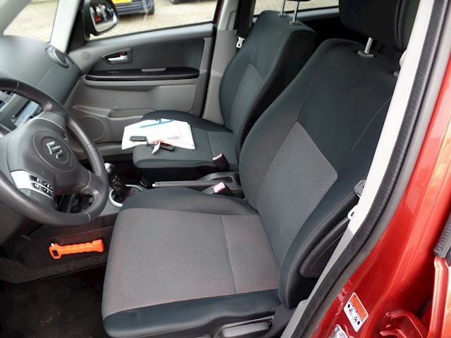 Suzuki SX4 1.6 4Grip Exclusive airco