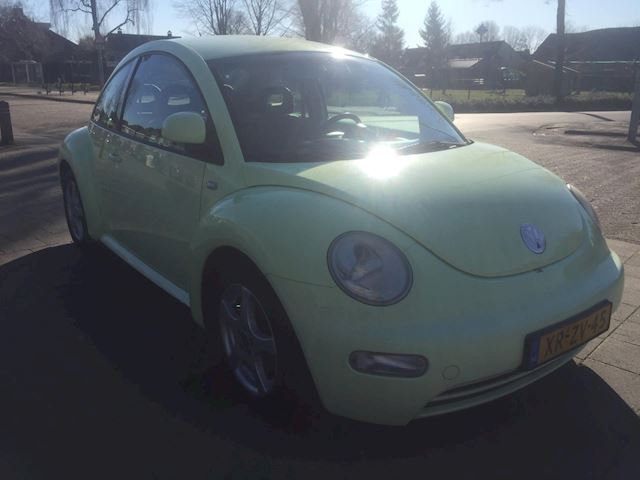 Volkswagen New Beetle 2.0 Highline APK 09-03-2021