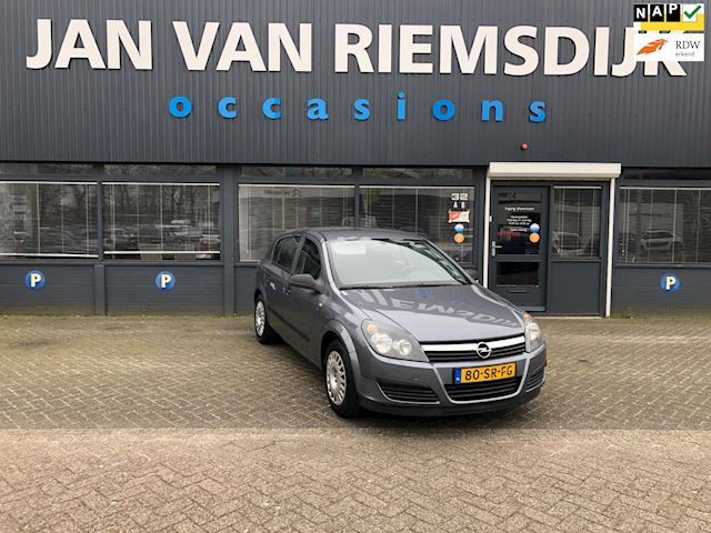 Opel Astra 1.4 Business OPEL ASTRA AUTOMAAT BJ 2006 143124 NAP 3595
