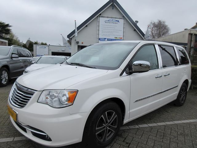 Chrysler Town & Country 3.6 V6 stow en go/7 persoons/luxury-line/full options