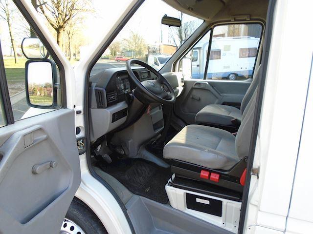 Volkswagen LT 35A 2.5 TDI Baseline lang