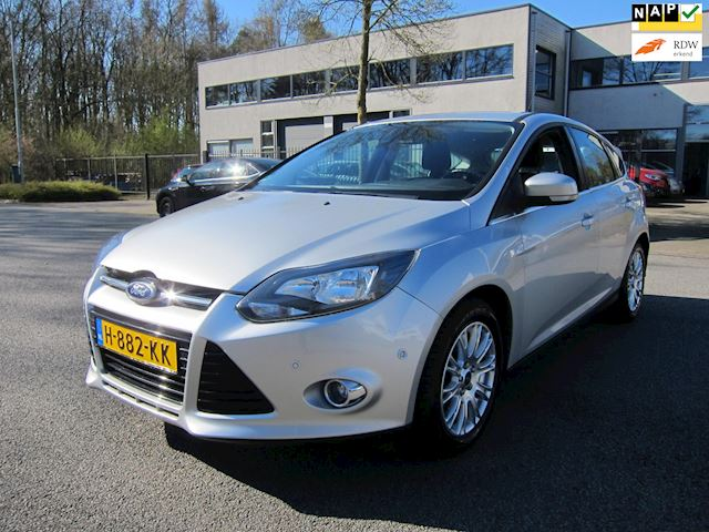 Ford Focus 1.6 EcoBoost Titanium CLIMA PDC CRUISE PARK SYSTEM!!