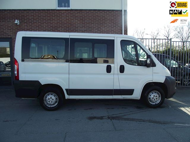 Peugeot Boxer 330 2.2 HDI L1H1 9 persoons
