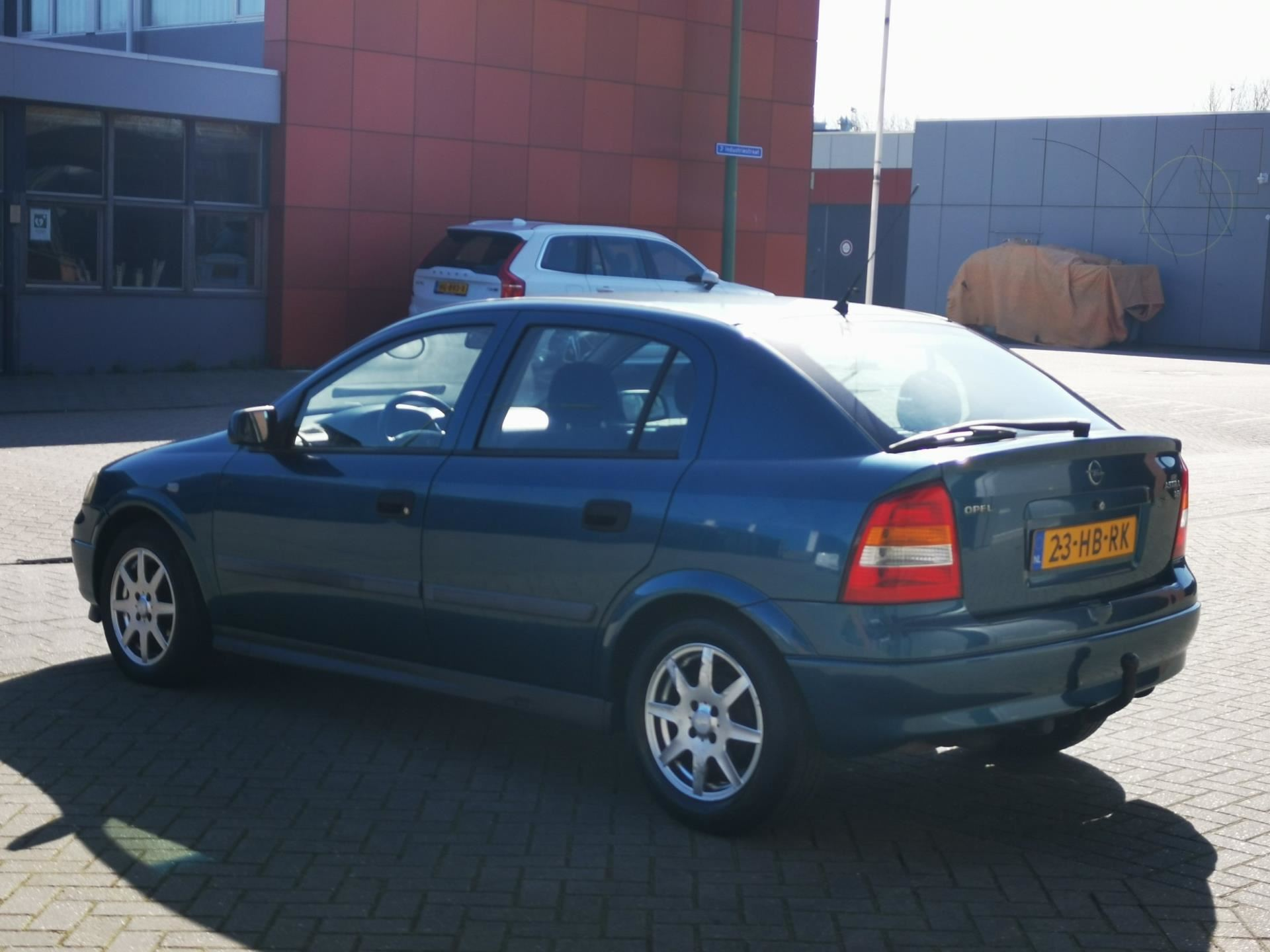 Opel Astra occasion - Staal Cars