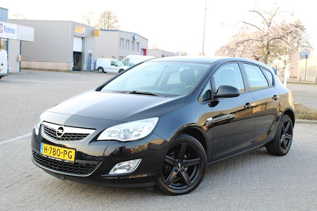 Opel Astra 1.4 Turbo Cosmo l STOELVERW l PDC l CRUISE CONTR