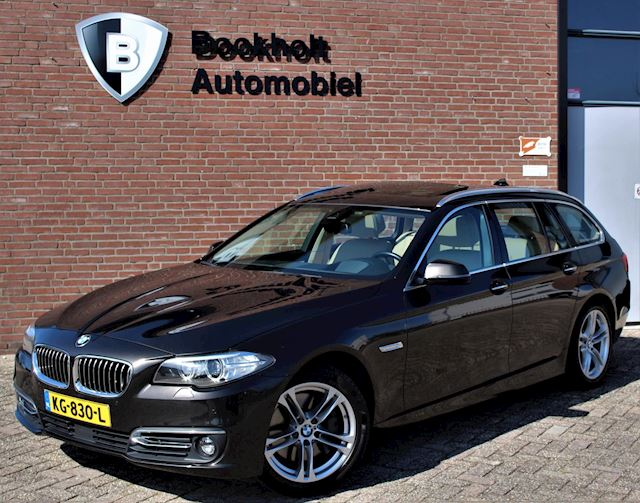 BMW 5-serie Touring 528i Luxury Edition FULL! Pano Radar 360-camera HUD H&Kardon