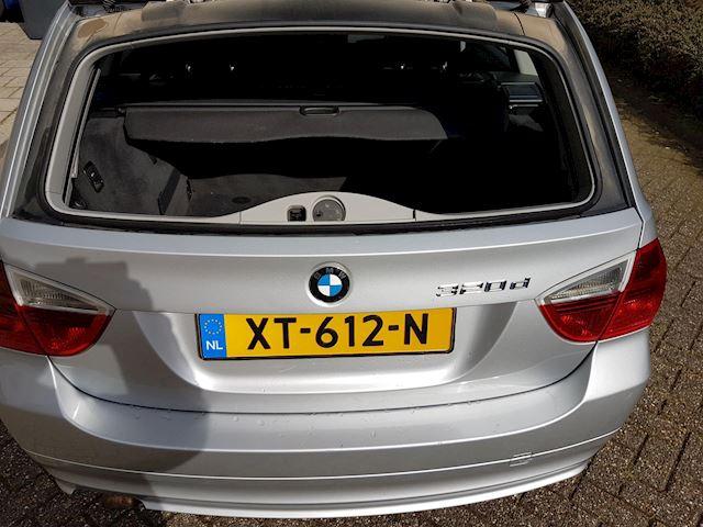 BMW 3-serie Touring 320d AUTOMAAT-Leder-ECC