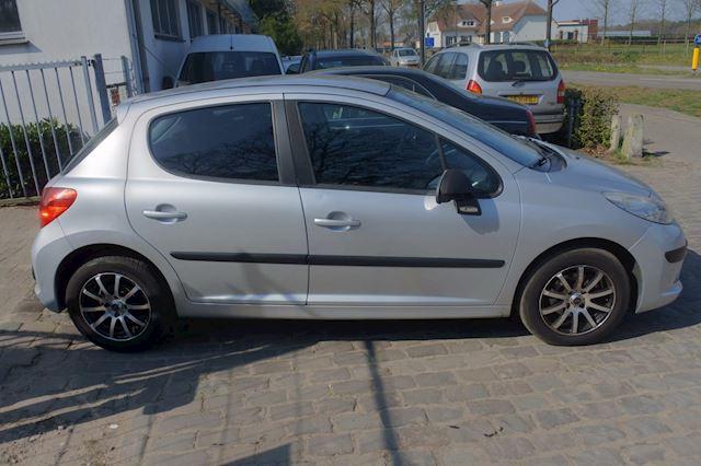 Peugeot 207 1.4 HDI Color-line 5drs airco apk 27-03-2021 div.ex.