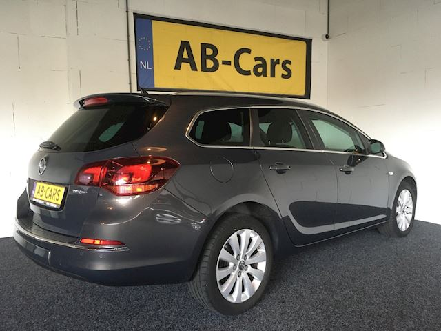 Opel Astra Sports Tourer 1.6 Turbo Cosmo Automaat
