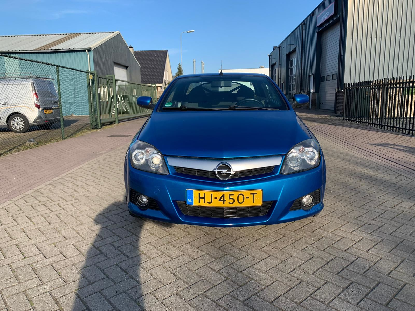 Opel Tigra TwinTop occasion - M. Hazeleger Auto's
