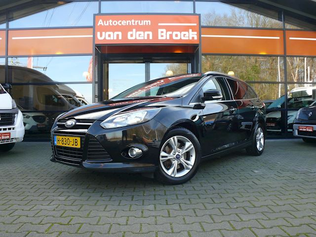 Ford Focus Wagon 1.6 EcoBoost Lease Titanium 150Pk Airco Stoelverwarming Pdc V +A Audio Bediening Op Het Stuurwiel