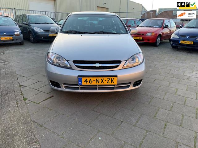 Daewoo Lacetti 1.6-16V Style