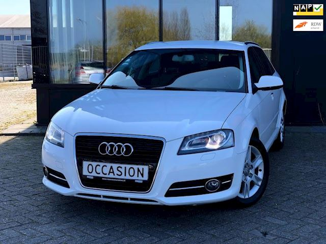 Audi A3 Sportback 1.2 TFSI Attraction *LED*Xenon*6-Bak*Netjes!*