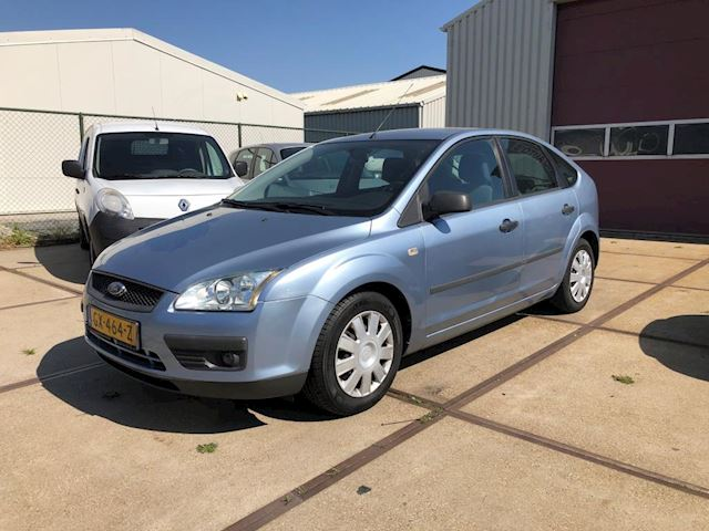 Ford Focus 1.6-16V Trend airco automaat