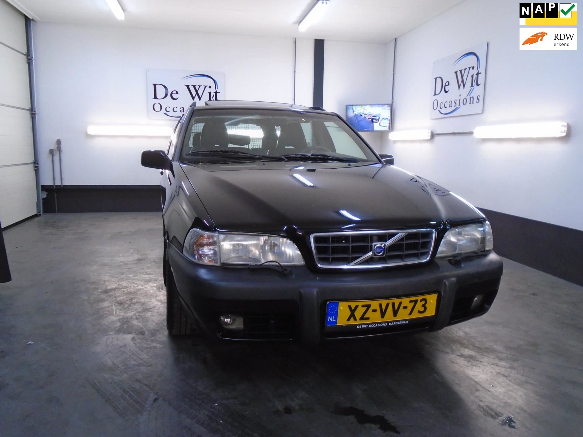 Volvo V70 XC occasion - De Wit Occasions