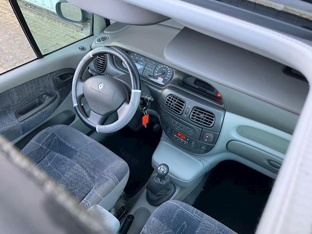 Renault Scénic 1.6-16V Authentique NETTE AUTO, AIRCO, APK, DUBBELE SCHUIFDAK!!.