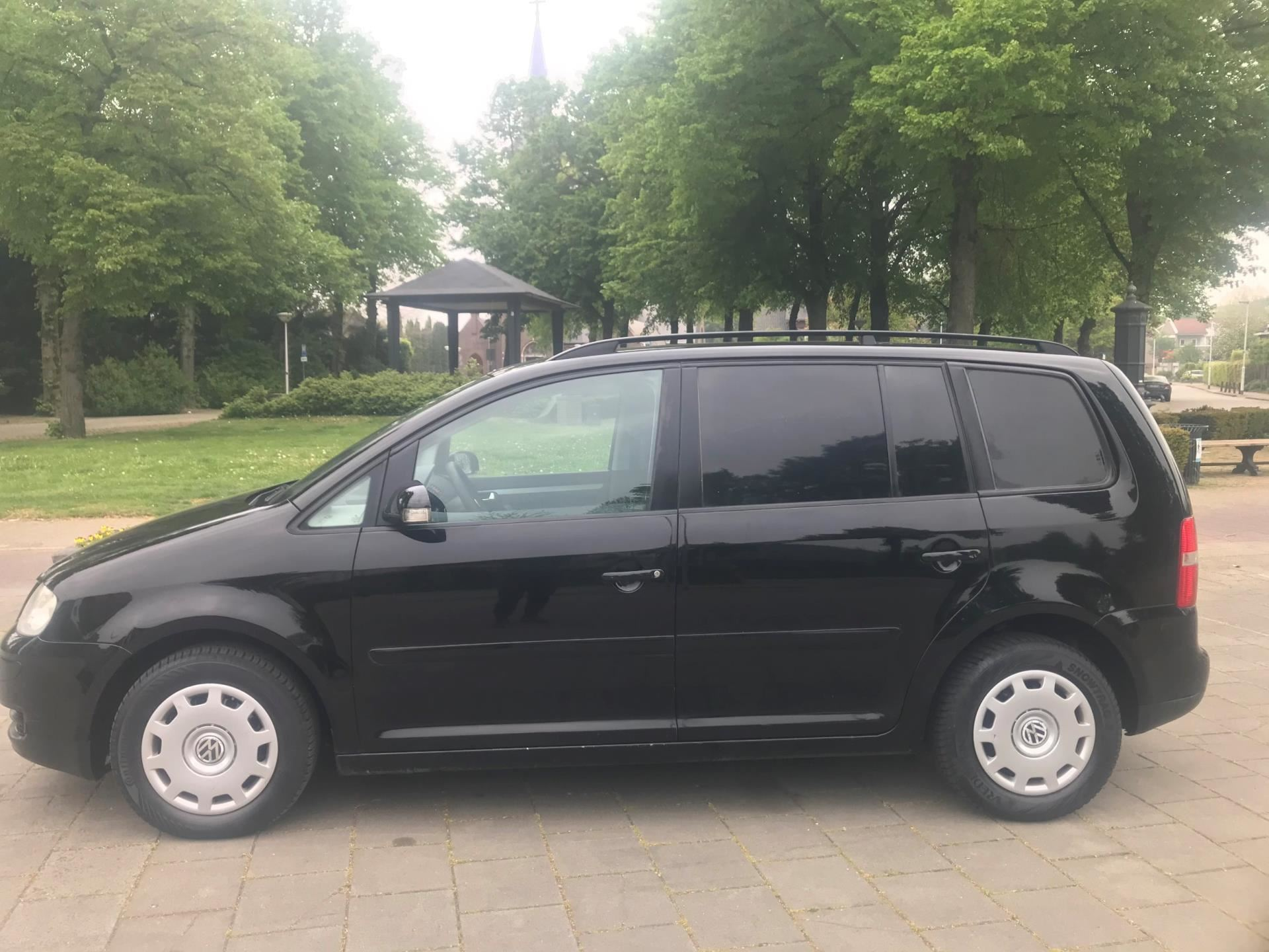 Volkswagen Touran occasion - HB Cars