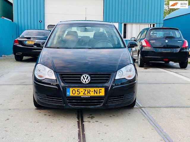Volkswagen Polo 1.9 TDI Comfortline Nieuwe distributieriem + waterpomp + jaar apk