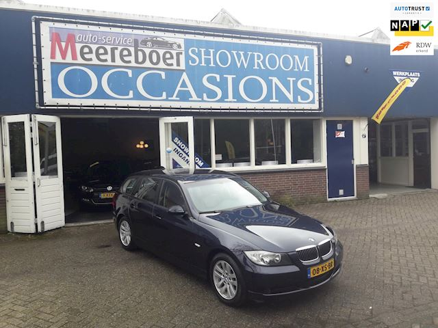 BMW 3-serie Touring 318i Business Line automaat airco cruisecontrole lederen bekleding