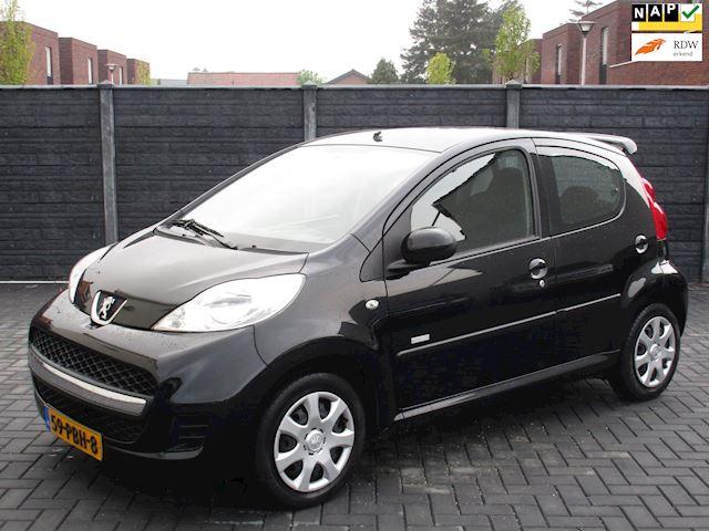 Peugeot 107 1.0-12V Millesim 200 AIRCO TOPSTAAT