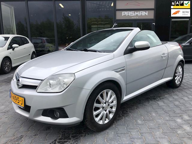 Opel Tigra TwinTop 1.4-16V Enjoy 1/2 leder, airco, keurige auto