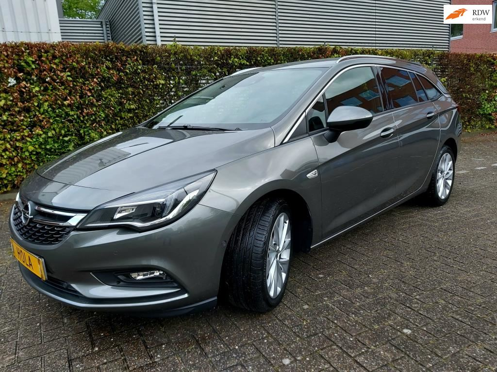 Opel Astra Sports Tourer occasion - HOLA NEXT CAR