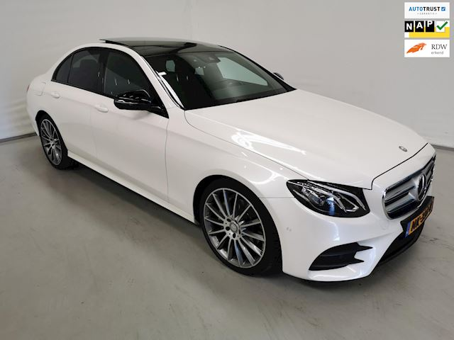 Mercedes-Benz E-klasse 200 Ambition / AMG / Night / Panorama / Comand / Burmester