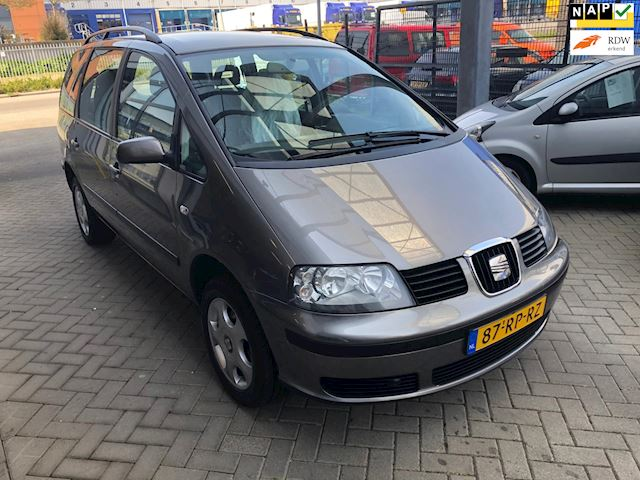Seat Alhambra 2.0 Reference
