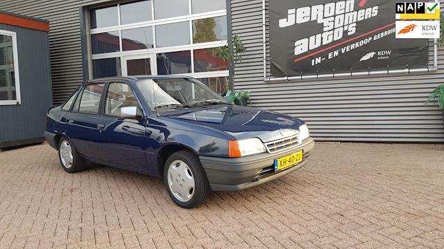 Opel Kadett 1.3i LS kat.